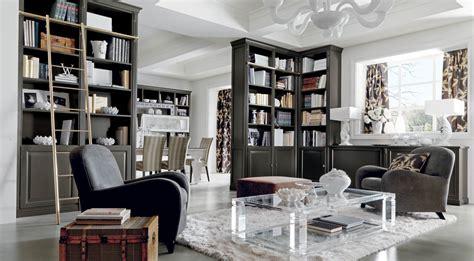 Salotto classico di lusso grigio con libreria Martini Mobili