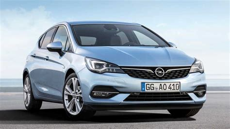 Opel Astra Facelift by Opel Astra Facelift Debuts With Subtle Redesign Major