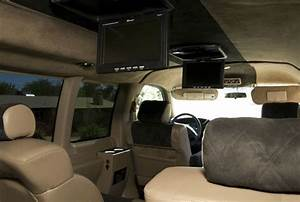 Purchase Used Chevrolet Express 3500 Quigley Van 4x4 Awd