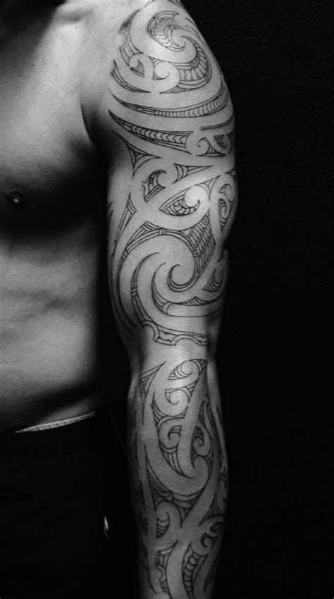 artistic sleeve tattoo  men tribal sleeve tattoos