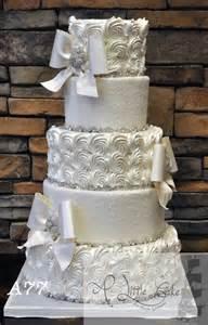 buttercream wedding cakes buttercream wedding cakes a cake