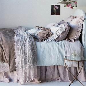 Shabby Chic Schlafzimmer : 49 fantastische modelle von lila bettw sche ~ Sanjose-hotels-ca.com Haus und Dekorationen