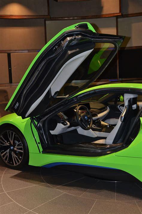 Bmw I8 Black And Green Lava Green Bmw I8 Revealed In Abu Dhabi