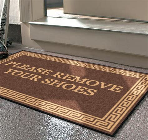 No Shoes Doormat by 17 Best Ideas About No Shoes Sign On Shoes