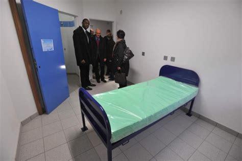 chambre isolement psychiatrie unité dangereuse à janet