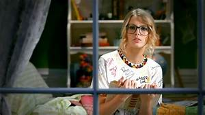 DLai- Music Videos: You Belong With Me - Taylor Swift