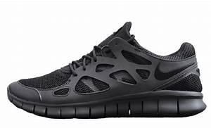 Nike Free Run 2 Triple Black | The Sole Supplier