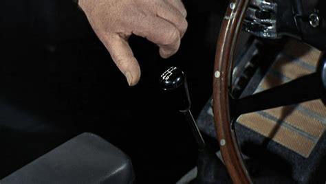 aston martin db james bond gadgets