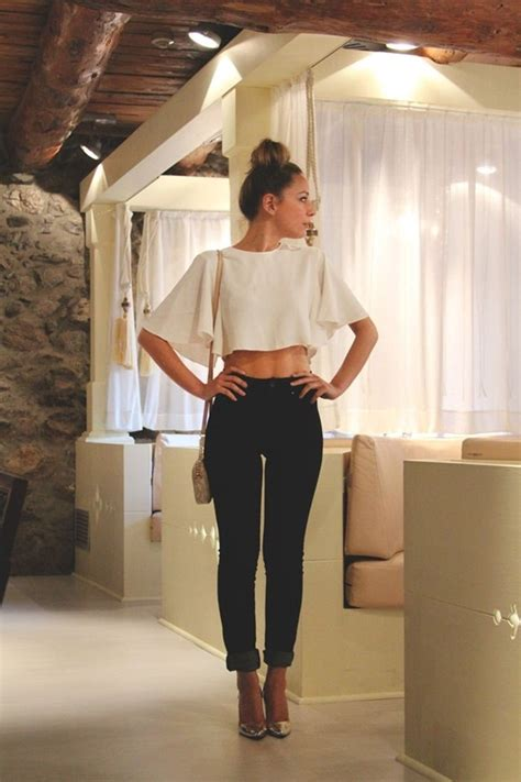 101 Beautiful Crop Top Outfits for Girls with Great Taste