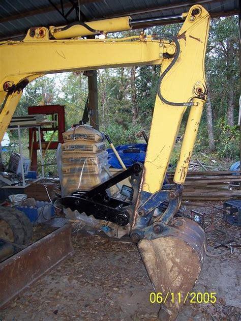 mt mini excavator thumb welded   machine mt
