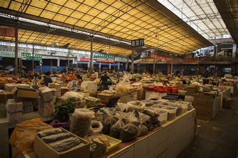 le marché des cours de cuisine yangshuo mon cours de cuisine oklm dans le sud de la chine