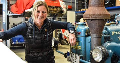 Paying tribute to the famous driver, legendary motorsport complex the nürburgring tweeted: Homestory Sabine Schmitz - traktormenschen.de