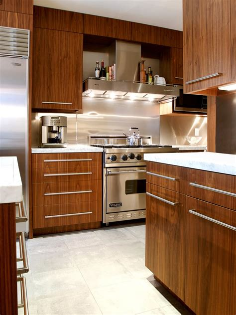 galley kitchens before and after before and after galley kitchen remodels hgtv 6785