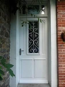 Grille Porte D Entrée : r alisation d 39 une porte d 39 entr e en bois l 39 ancienne avec ~ Melissatoandfro.com Idées de Décoration
