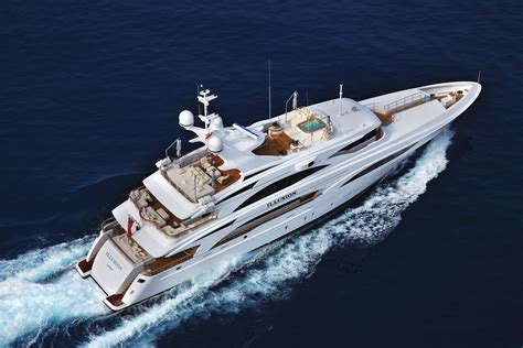 Boat Definition by We Discovered The Definition Of A Luxury Charter On Board