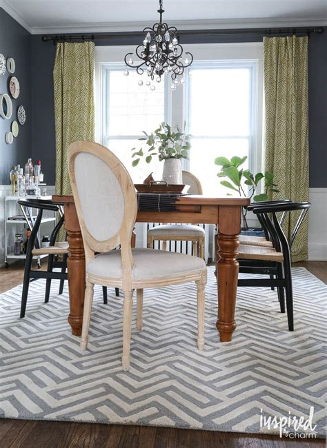 rug   dining room