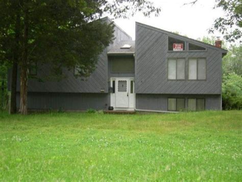 updating your house hi wondering if anyone has any ideas to upgrade update the exterior of this 80 s contemporary