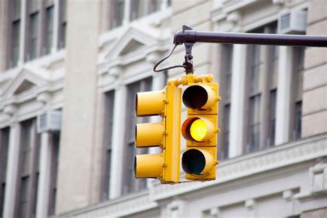 Red Light Traffic Camera Backlash After Chicago Shortens