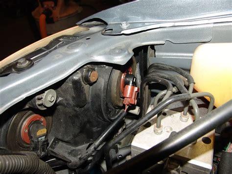 Lexus Passenger Low Beam Headlight Does Not