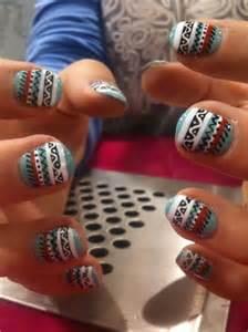 Cute inspiring winter nail art designs ideas