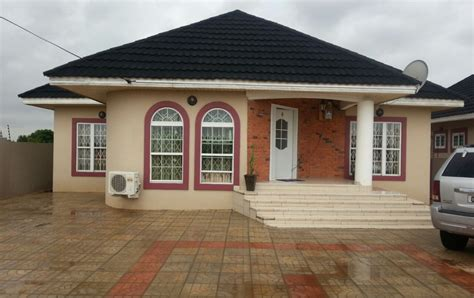 3 Bedroom Houses For Sale by 3 Bedroom House At East Legon