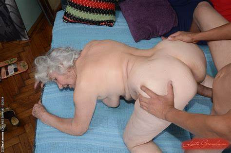 Like Granny Pleases Grandpa In Law Bald Vagina Of Hottie Granny Norma Taking Screwed Brutal