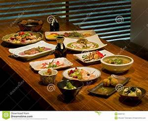Table A Diner : beautiful table of japanese food stock photography image 8505152 ~ Teatrodelosmanantiales.com Idées de Décoration