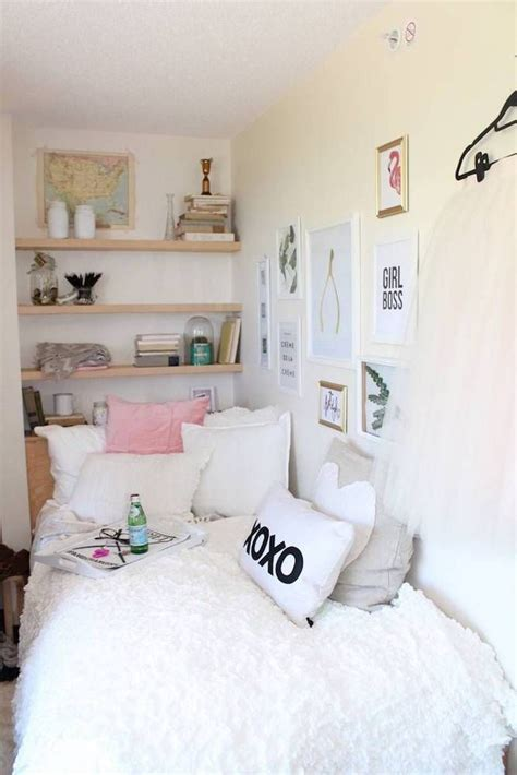 Decor For Small Room by Room Decor Ideas And Small Space Hacks Small Room