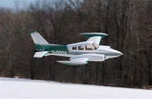 Cessna 310 Huge Model Airplane Arf  320cm  14kg  2x26cc  Cymodel