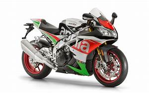 2017 Aprilia RSV4 RF Wallpapers | HD Wallpapers | ID #19134