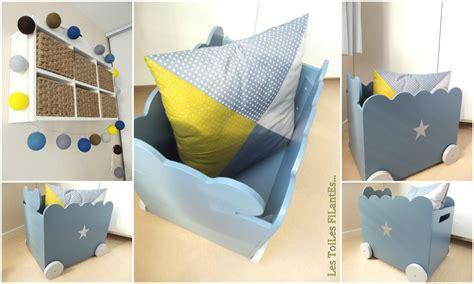chambre bleu et jaune beautiful chambre bebe jaune et grise ideas design