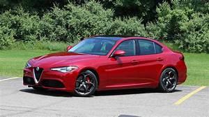 Alfa Romeo Giula : alfa romeo giulia news and reviews ~ Medecine-chirurgie-esthetiques.com Avis de Voitures