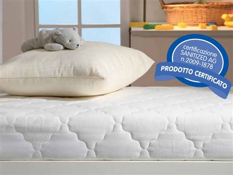materasso per lettino da ceggio materasso questibimbi lettino antiacaro comfort