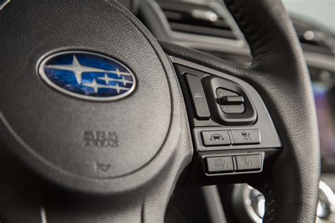 subaru forester steering wheel 2017 subaru forester reviews and rating motor trend