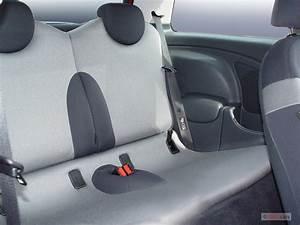 Image: 2005 MINI Cooper Hardtop 2-door Coupe S Rear Seats