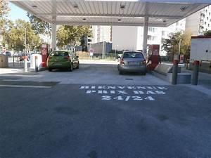 Station Essence Marseille : op ration street marketing de marquage au sol blog ~ Dode.kayakingforconservation.com Idées de Décoration