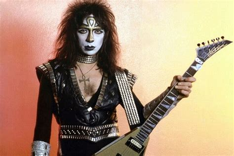 Vinnie Vincent Auctioning Off Everything from Clothes to