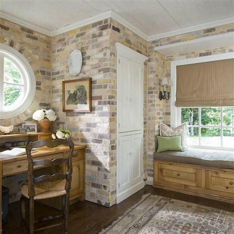 aménagement bureau à domicile mur de brique pour déco d 39 espace de travail chez soi