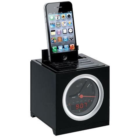 iphone clock radio ilive icp232b clock radio with dual alarm for ipod and