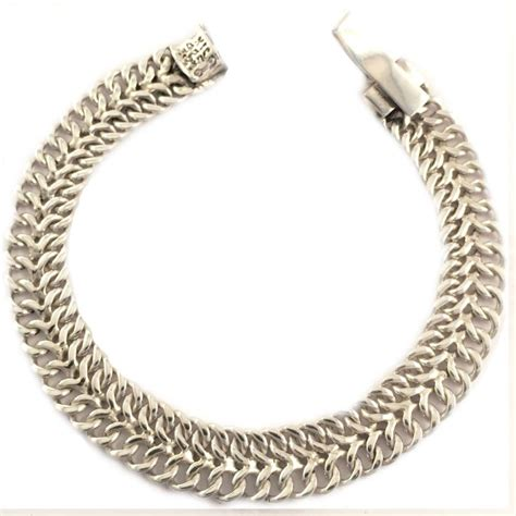 Petite Lightweight Chain Link Bracelet  Mexican Silver Store. Gold Hinged Bangle. Costume Jewelry Necklaces. Zodiac Medallion1 Carat Necklace. Handcrafted Watches. 24k Gold Rings. Mint Sapphire. Elephant Jewelry Bracelet. Tory Burch Earrings