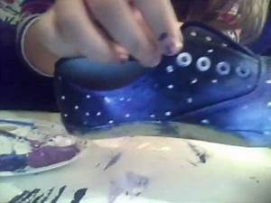 Galaxy Schleim Selber Machen : galaxy sneakers selber machen youtube ~ Frokenaadalensverden.com Haus und Dekorationen