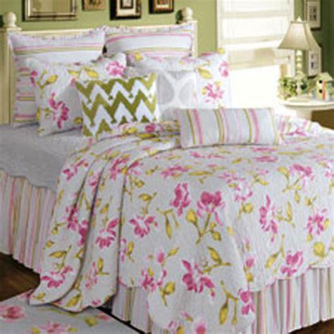 liliann by c f quilts beddingsuperstore com
