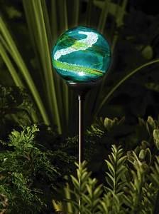 Solar powered garden light envirogadget part