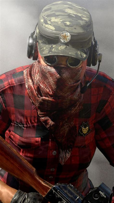 masked player  miramar desert playerunknowns