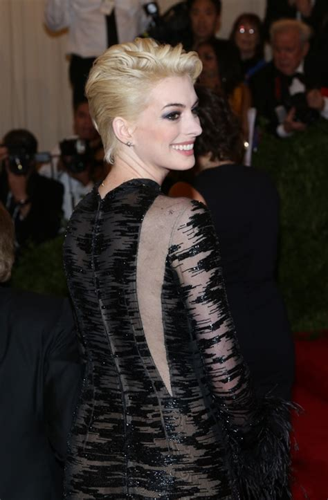 Anne Hathaway In Valentino At The Met Gala 2013lainey