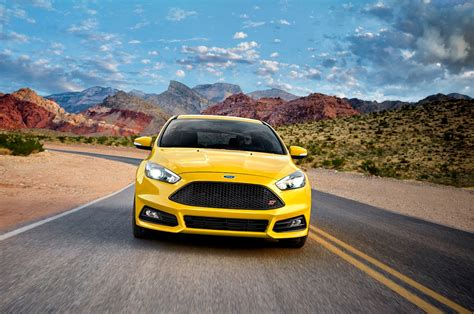 ford focus 2017 ford focus reviews and rating motor trend