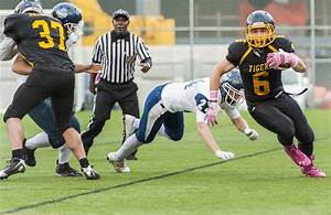 Holland College stuns Dalhousie in football semi final ...