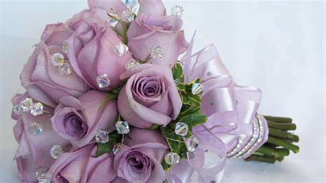 Purple Roses In A Wedding Bouquet Wallpapers And Images