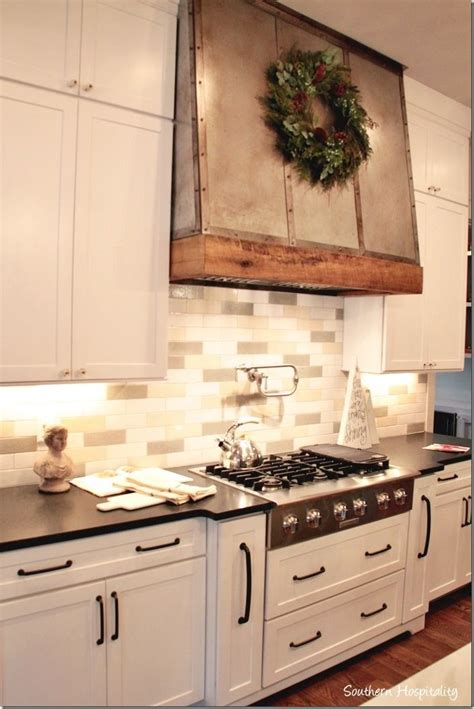 The 25+ Best Stainless Range Hood Ideas On Pinterest