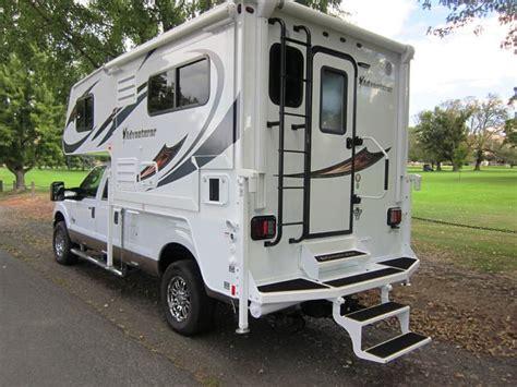 Single-slide, Wet Bath Truck Camper